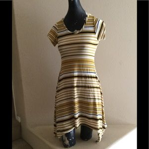 Dresses & Skirts - B Famous USA dress